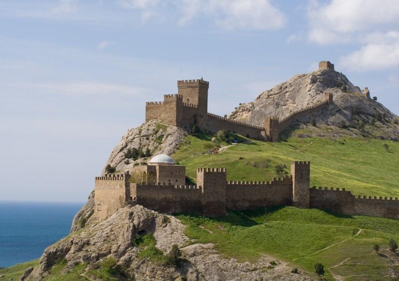 Замок Сэрэдне
