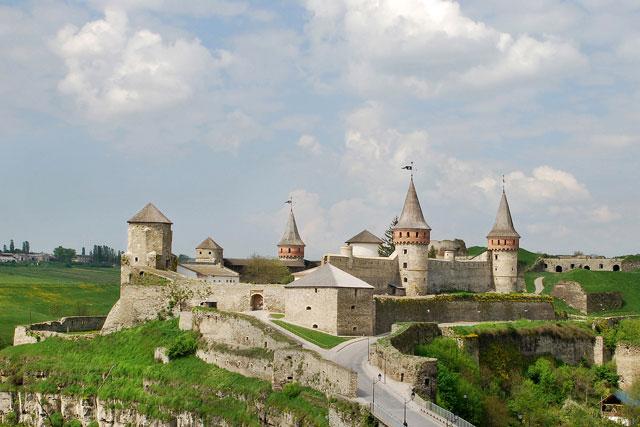 Замок в Каменец-Подольском